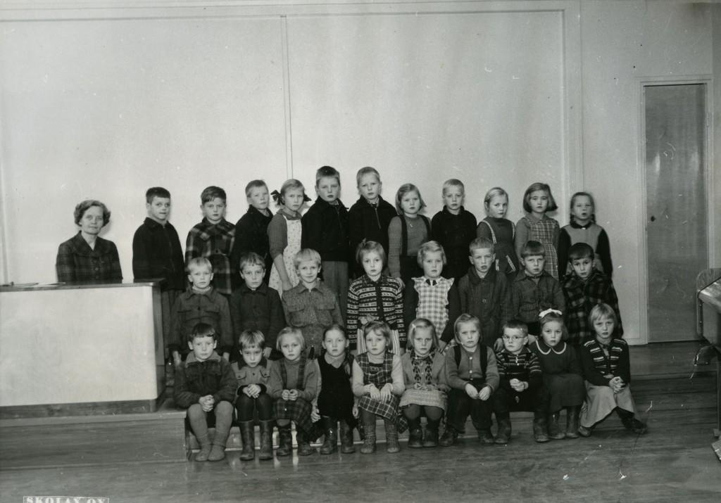 luokkakuva 1953-54