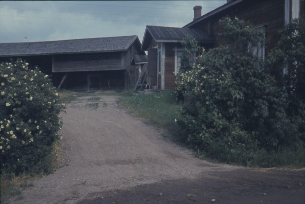 Korpin vanha päärakennus Porlammintiellä