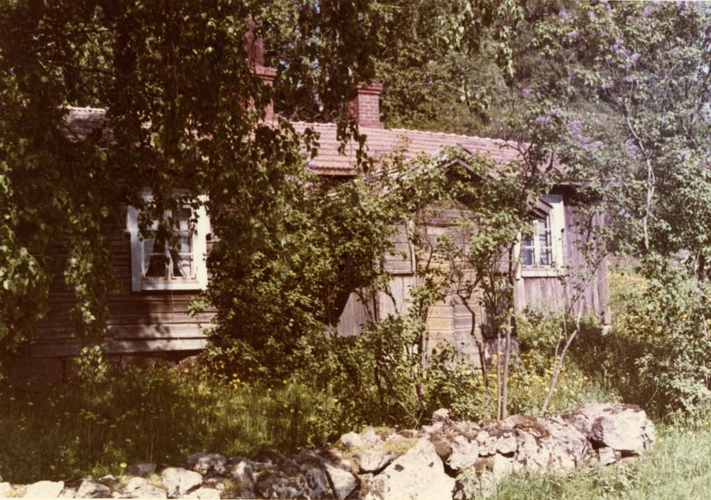 Kivimuuri oli vielä kokonaan näkyvissä 60-luvulla