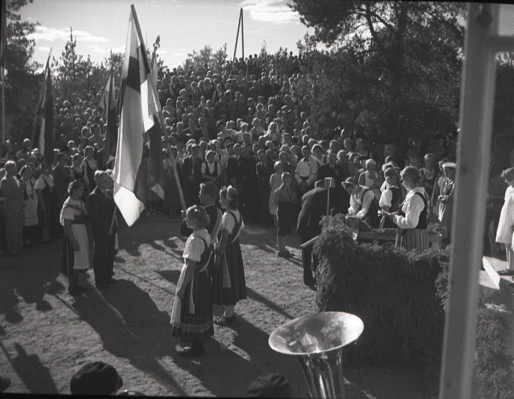 Ns.Soihdun maakuntajuhlilla vihittiin käyttöön seuran uusi lippu